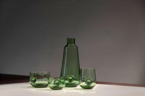 Le verre de Lonny van Ryswyck et Atelier-NL